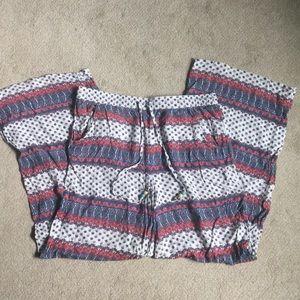 Flowy pattern pants